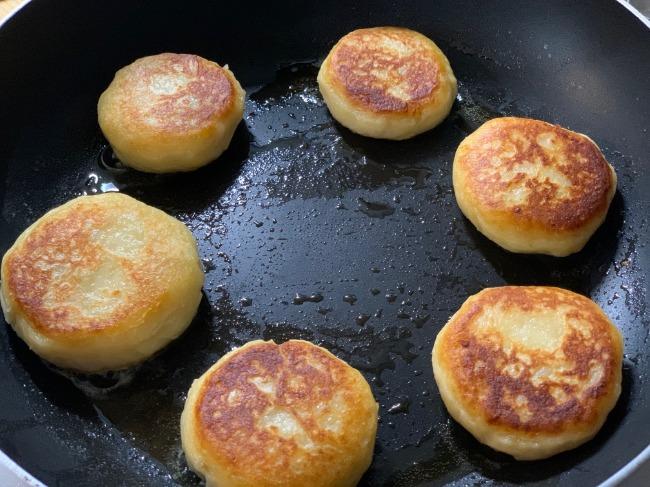 ゆかりさんの『チーズとろ~りモチモチいももち』の作り方手順8