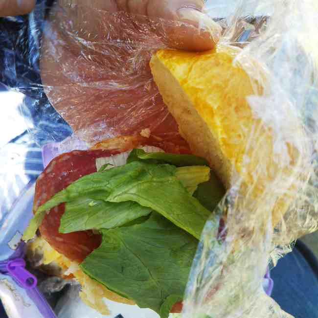 神楽坂オー メルヴェイユ ドゥ フレッドのパンメニューと値段サンドイッチ (9)