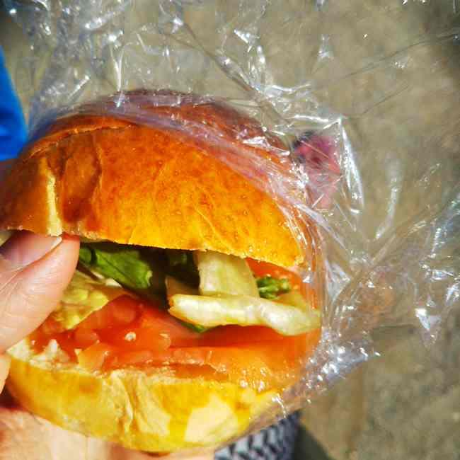 神楽坂オー メルヴェイユ ドゥ フレッドのパンメニューと値段サンドイッチ (1)